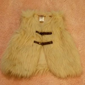 Little Lass Jackets & Coats - Faux Fur Vest